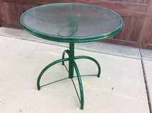 Patio Table - Great condition! in Algonquin, Illinois