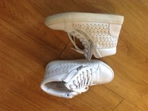 Size 4 all white sneakers in Camp Lejeune, North Carolina