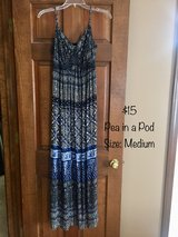 Pea in a Pod Maternity Dress - Size Medium in Naperville, Illinois