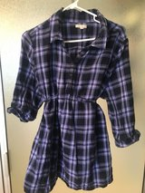 Gap maternity plaid purple and dark blue Sz XL in Pleasant View, Tennessee