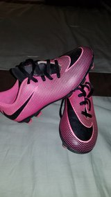 Nike Girls Soccer Pink Cleats in Yucca Valley, California