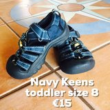 Keen Sandals Toddler Size 8 in Baumholder, GE