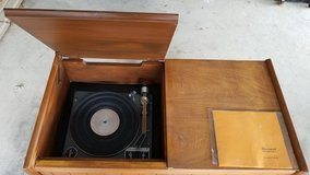 Vintage Gerrard 95 Turntable in Antique Wood Cabinet in Fort Sam Houston, Texas