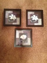 3 hanging flower pictures in Fort Campbell, Kentucky