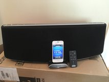 SONY RDP-XA900IP Sound Dock in Aurora, Illinois