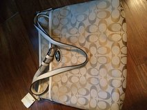 Brand new coach purse in Beaufort, South Carolina