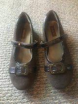 Never worn!  Girls Shoes - Stride Rite Suede Mary Janes Sz 2.5 in Glendale Heights, Illinois