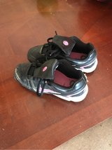 Girl's Softball Cleats - Youth Size 1 in Kingwood, Texas