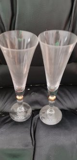 Set of 2 Champagne Flutes in Yorkville, Illinois