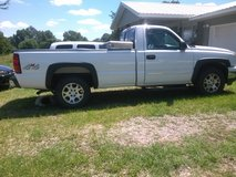2006 Chevy Silverado in Fort Leonard Wood, Missouri