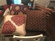 4 throw pillows in Beaufort, South Carolina