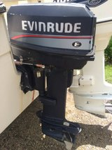 1996 Evinrude 25 hp electric start outboard low hrs in Goldsboro, North Carolina