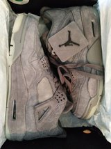air jordan kaws retro 4 size 9.5 in Fort Leonard Wood, Missouri