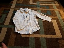 Wrangler long sleeve button down shirt size 4T in Fort Leonard Wood, Missouri