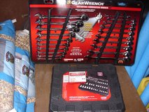 20 PC. GEARWRENCH SET AND 42 PC. SOCKET WRENCH SET in Fort Knox, Kentucky