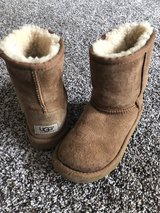 Ugg (from China) girls size 13 in Vacaville, California