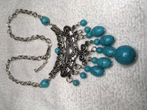 Turquoise Pearl Silver Necklace NEW never worn Beautiful New Style in Kingwood, Texas