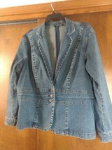 Denim jacket size 3x in Alamogordo, New Mexico