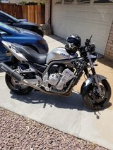 2002 yamaha fz1000 in Fort Irwin, California