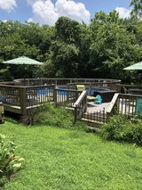 Swimming pool 24 ft round in Clarksville, Tennessee