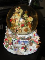 "MUSICAL SNOWGLOBE ""SNOWMAN"" 8 1/2"" TALL 8 "" ROUND AT THE BOTTOM in Camp Lejeune, North Carolina"
