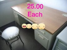 All desks,,,25.00,,!very good condition,,just getting more stuff in Alamogordo, New Mexico
