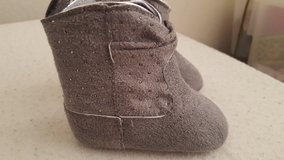 Grey cowgirl crib bootie sz 1 in Camp Pendleton, California