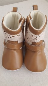 Faux leather and lace cowgirl crib bootie Laura Ashley 12-18 mo in Camp Pendleton, California