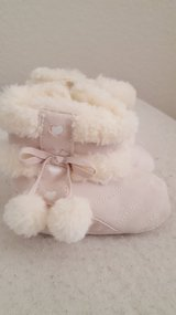Faux suede crib bootie sz. 1 in Camp Pendleton, California