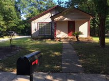 3 bedroom older home - Conroe in The Woodlands, Texas