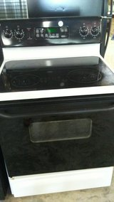 glass top GE  stove in DeRidder, Louisiana