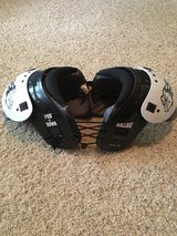Football Shoulder Pads - L in Kingwood, Texas