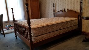 Ethan Allen full size  (double) solid maple bed with Serta box springs & mattress set. in Orland Park, Illinois