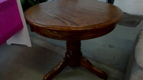 cherry end table round in Wilmington, North Carolina