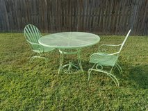 Apple Green / 4 Piece Rocking Patio Set in Clarksville, Tennessee