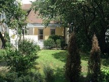 Charming town house with 8 rooms in Böblingen - 3 min to Panzer in Stuttgart, GE