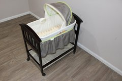 The Classic Comfort Wood Bassinet, SANITIZED IN EXCELLENT CONDITION! in CyFair, Texas