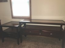 "Tv stand with glass top 50"" long with matching end table 24x24 in Ottumwa, Iowa"