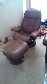 Leather Swivel Chair & Matching Ottoman in Silverdale, Washington