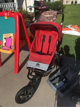 mountain urban jogging stroller in Camp Lejeune, North Carolina