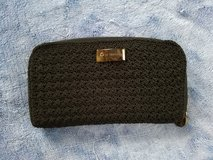 Liz Claiborne single zipper crochet black wallet in St. Louis, Missouri
