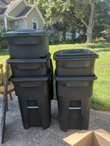64 Gallon Trash Cans in Fort Campbell, Kentucky