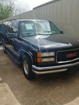 1999 CHEVY SUBURBAN CLEAN TITLE in The Woodlands, Texas