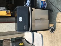 Weber 3 burner propane grill in Fairfield, California