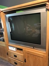 "Tv. TOSHIBA 36"" in Naperville, Illinois"