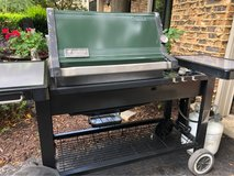 WEBER PLATINUM SERIES PROPANE GAS GRILL W/Tank&Cover Inc in Chicago, Illinois