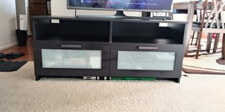 t v stand with big drawer. in Great Lakes, Illinois