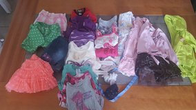 2T Girls Clothes in Naperville, Illinois