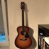 Yamaha Acoustic Guitar in Ramstein, Germany
