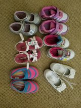 Toddler girl shoes size 6 in Camp Pendleton, California